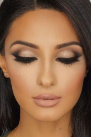 Best Natural Prom Makeup Ideas To Makes You Look Beautiful14