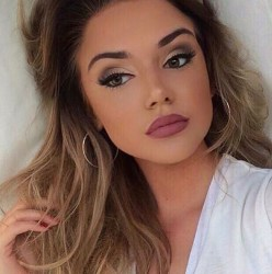 Best Natural Prom Makeup Ideas To Makes You Look Beautiful23