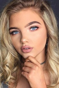 Best Natural Prom Makeup Ideas To Makes You Look Beautiful33