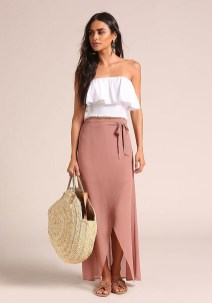 Cute Maxi Skirt Outfits To Impress Everybody20
