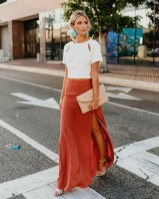 Cute Maxi Skirt Outfits To Impress Everybody32