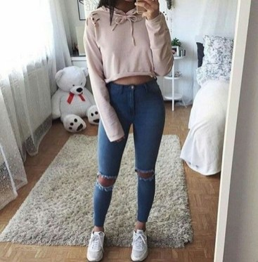 Easy And Cute Summer Outfits Ideas For School24
