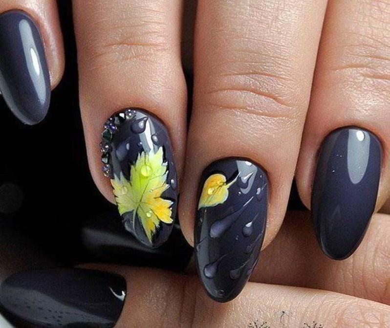Eye Catching Fall Nails Art Design Inspirations Ideas37