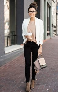 Fantastic And Gorgeous Professional Outfit To Wear This Fall22
