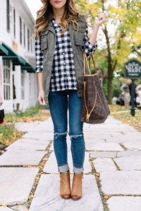 Lovely Fall Outfits Ideas To Try Right Now35