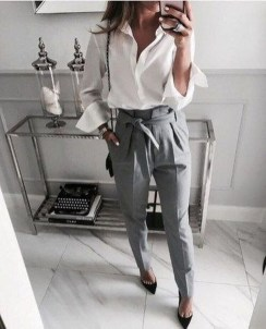 Amazing Classy Outfit Ideas For Women32