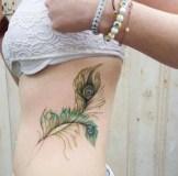 Awesome Feather Tattoo Ideas44