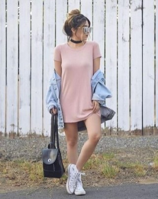 Charming Summer Outfits Ideas To Copy Right Now17