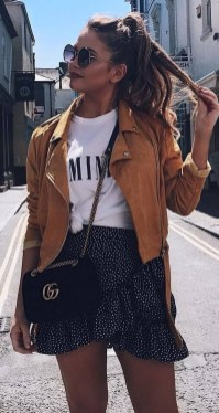 Charming Summer Outfits Ideas To Copy Right Now41