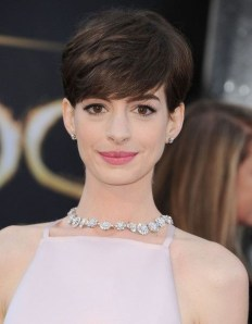 Chic Short Hairstyle To Copy Right Now14