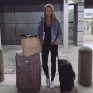 Classic And Casual Airport Outfit Ideas15