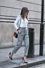 Comfortable Work Outfit Inspiration01