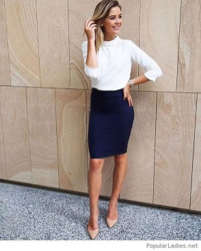 Comfortable Work Outfit Inspiration25