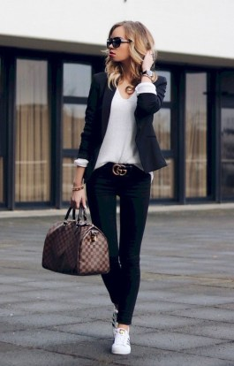 Comfortable Work Outfit Inspiration34