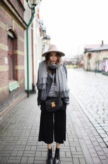 Cute Winter Outfits Ideas To Copy Right Now04