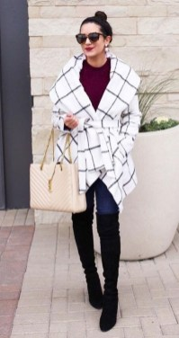Cute Winter Outfits Ideas To Copy Right Now11