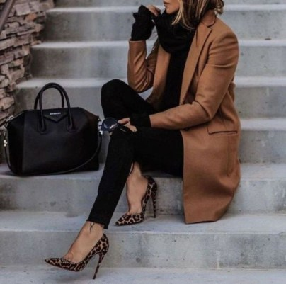 Elegant Fall Outfits Ideas To Inspire You24