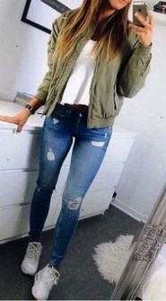Fabulous And Fashionable School Outfit Ideas For College Girls30