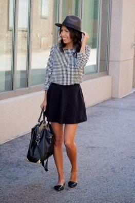 Magnificient Summer Outfit Ideas With Black Flats07