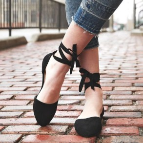 Magnificient Summer Outfit Ideas With Black Flats17