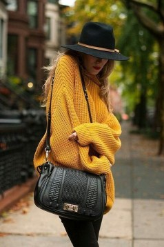 Perfect Fall Outfits Ideas To Copy Asap38
