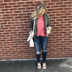 Stunning Fall Outfits Ideas To Update Your Wardrobe15