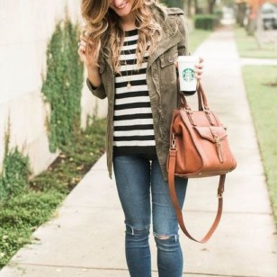 Stunning Fall Outfits Ideas To Update Your Wardrobe34