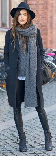 Stunning Fall Outfits Ideas To Update Your Wardrobe37