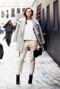 Unique Ways To Wear A Cardigan This Fall41