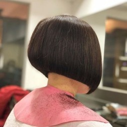 Charming Graduate Bob Haircut Ideas07