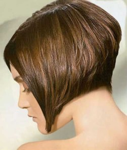 Charming Graduate Bob Haircut Ideas14