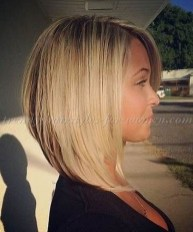 Charming Graduate Bob Haircut Ideas25