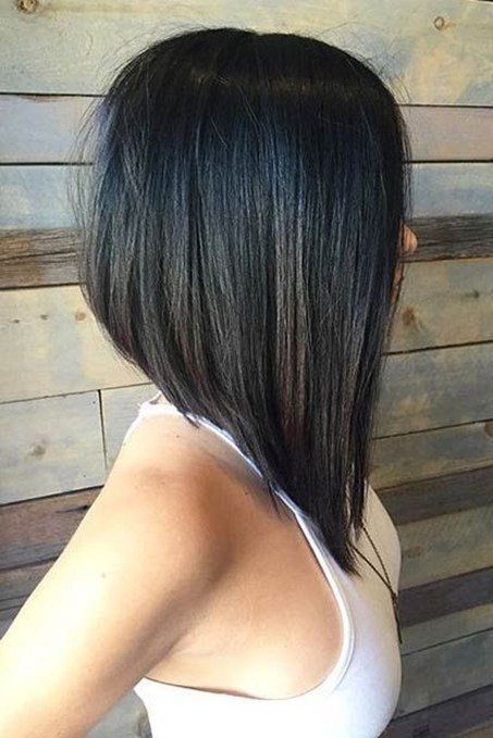 Charming Graduate Bob Haircut Ideas37