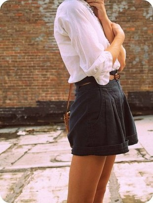 Charming Winter Outfits Ideas High Waisted Shorts12