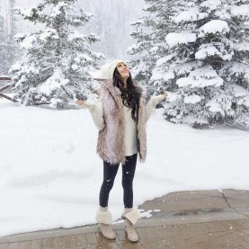 Charming Winter Outfits Ideas Teen Girl24