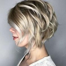 Cute Layered Bob Hairstyles Ideas22