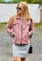 Delightful Winter Outfits Ideas Denim Jacket26