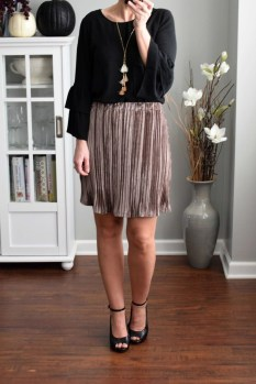 Incredible Skirt And Blouse This Fall Ideas19
