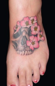 Lovely Foot Tattoo Ideas For Girls25