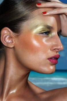 Popular Shimmer Summer Makeup Ideas44