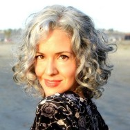 Pretty Grey Hairstyle Ideas For Women01
