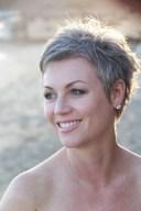 Pretty Grey Hairstyle Ideas For Women28