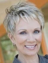 Pretty Grey Hairstyle Ideas For Women41