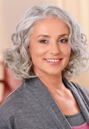 Pretty Grey Hairstyle Ideas For Women44