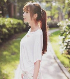 Pretty Hairstyle With Bangs Ideas14
