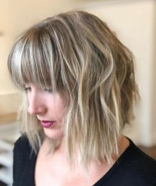 Pretty Hairstyle With Bangs Ideas19