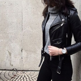 Pretty Winter Outfits Ideas Black Leather Jacket40