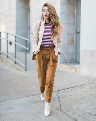Pretty Winter Outfits Ideas High Waisted Pants34