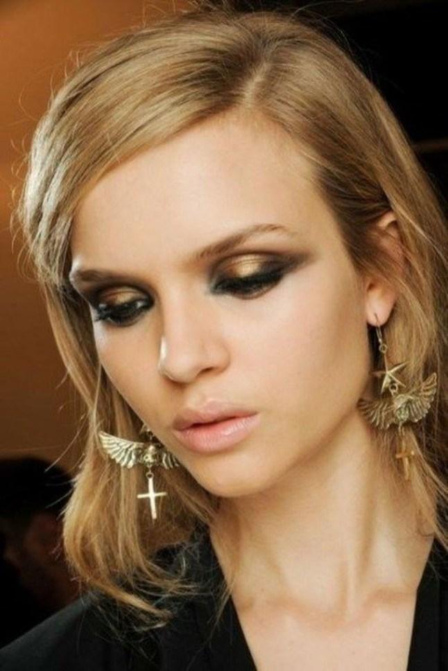 Stunning Shimmer Eye Makeup Ideas 201839
