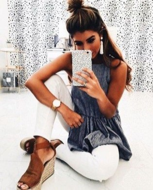 Stunning Spring Outfit Ideas With Wedges25